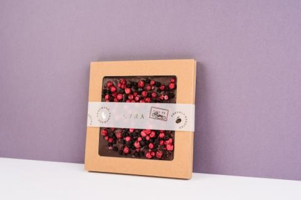 Lyra čokoláda Naša dark s posypom 80g